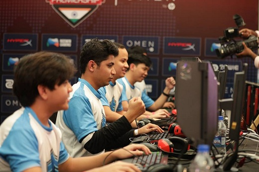 Contestants participating at the Summer Season Finale of ESL India Premiership 2017 Pic 1
