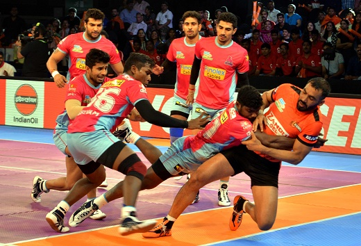 Pro Kabaddi League: Home loss for U Mumba